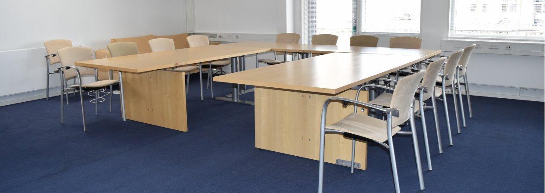 Mødelokale på 7x7 meter med plads til 30 personer